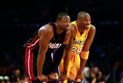 Kể lại với Stephen Curry, Dwyane Wade nhớ về giây phút được Kobe Bryant tôn trọng