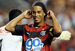 """Ronaldinho đòi điều khoản """"ăn chơi"""" trong hợp đồng với Flamengo"""