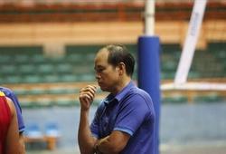 HLV Thái Quang Lai thành công với bóng chuyền cùng tấm bằng đại học môn...Điền kinh