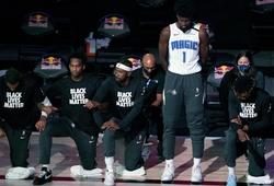 Cả NBA quỳ gối hát quốc ca, ngoại trừ Jonathan Isaac