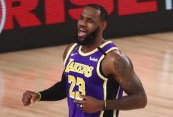 LeBron James khẳng định đẳng cấp, LA Lakers sớm mừng sinh nhật Kobe