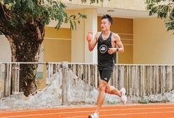 Chàng trai Quảng Trị chạy 62km, xoay chóng mặt 156 vòng sân