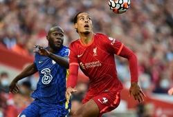 Lukaku chạm bóng ít hơn cả 2 thủ môn của Chelsea và Liverpool