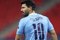 Aguero có thể gây sốc khi chuyển đến kình địch của Man City