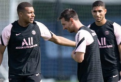 CĐV PSG phát cuồng xem Messi phối hợp ghi bàn với Mbappe