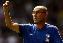 Jose Mourinho hẳn phải hài lòng khi nghe Sarri nói về mình trước cuộc đối đầu giữa Chelsea và Man Utd