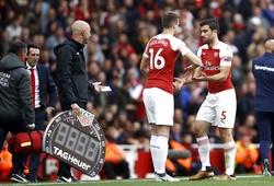 Tại sao Unai Emery sẽ phải đau đầu về lựa chọn khó khăn cho cặp trung vệ của Arsenal?