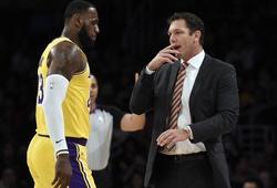 Bạn thân LeBron James bất ngờ bóng gió về HLV mới của LA Lakers