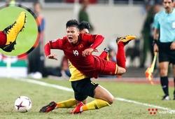 """Bàn chân """"siêu dị"""" và """"lòng chung thủy"""" với giày đá bóng của Quang Hải"""