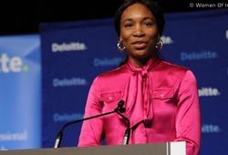 Venus Williams bày tỏ sự thán phục với em gái Serena Williams