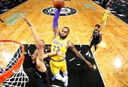 LeBron James rất ít bị block khi úp rổ, nhưng đã bị thì phải làm nền cho cú block đẹp nhất năm