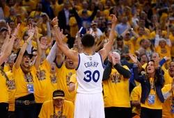 """Cận cảnh cú Buzzer Beater của Stephen Curry tại NBA Finals khiến cả thế giới """"phát cuồng"""""""