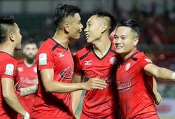 TP.HCM ngược dòng đánh bại SHB Đà Nẵng trong trận cầu có 6 bàn thắng