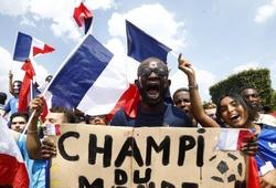 Chùm ảnh: CĐV Pháp ăn mừng chức vô địch World Cup lần thứ 2 trong lịch sử