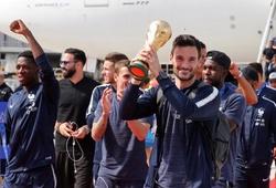 Chùm ảnh: ĐT Pháp mang cúp vàng World Cup trở về, bắt đầu buổi lễ ăn mừng lịch sử