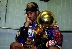 Vì sao Kobe Bryant lại khóc trong phòng tắm tại chung kết NBA 2001?