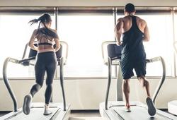 Những bài tập trên máy chạy bộ giúp tăng tốc độ, sức mạnh và giảm mỡ