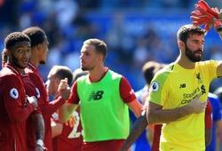Bất chấp sai lầm của Alisson, Liverpool vẫn phòng ngự hay nhất 1/4 thế kỷ