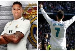 Sự thật việc chiếc áo số 7 Ronaldo để lại bị chê ỏng eo trước khi Real trao cho Mariano