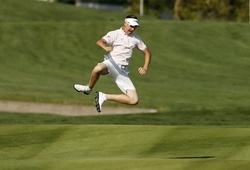 Tại sao các golf thủ không được mặc quần short?