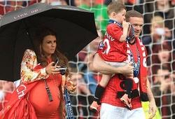 Vợ Rooney cấm chồng sang Trung Quốc