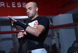 Eddie Alvarez: Khabib chỉ biết chọn kẻ yếu để tránh tôi ra!