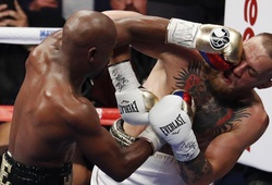Mayweather hạ knockout McGregor, toàn thắng 50 trận!