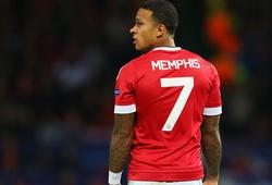 Man Utd nên kiên nhẫn với Memphis Depay