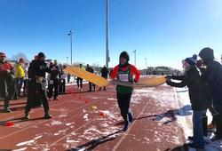 Chàng công chức Nhật lập KLTG chạy marathon trong trời lạnh siêu khắc nghiệt