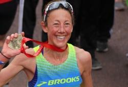 Đẳng cấp: Huyền thoại Chrissie Wellington chạy marathon sub3