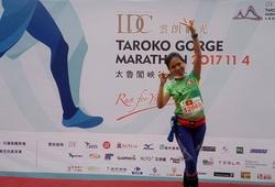 Trang Hạ chạy giải Boston Marathon 2018