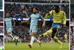 KẾT THÚC Man City 1-1 Everton, Arsenal 3-2 Swansea: Ma ám khung thành