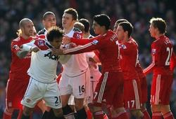 """Video: Những màn """"đấu võ"""" nảy lửa ở đại chiến Man Utd - Liverpool"""