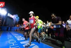 Hàng ngàn runner xuất phát trong đêm tại HCMC Marathon 2018
