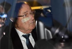 Bị tố cáo, Blatter chuẩn bị ngồi tù?