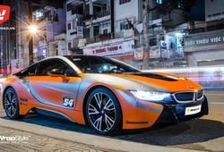 Siêu xe BMW i8 chi hàng ngàn USD dán đổi màu tại Sài Gòn