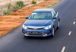 Cuối tháng 7, Toyota giảm giá cả trăm triệu đồng