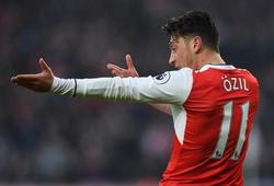 """Người Đức """"giải cứu"""" Arsenal khỏi thất bại trước Man City"""