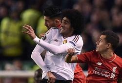 Đánh nguội đối thủ, Fellaini trước nguy cơ bị treo giò 3 trận