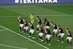 """AC Milan nhảy """"vũ điệu thổ dân"""" để... quảng cáo mỹ phẩm"""