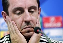 Gary Neville: Huyền thoại tại M.U chứ không phải tại Mestalla