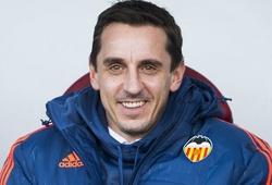 Thành tích thảm hại, CĐV Valencia xua đuổi Gary Neville