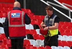 """""""Đặt bom khủng bố ở Old Trafford chỉ là một trò bịp bợm"""""""