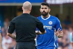Diego Costa vào bóng ghê rợn, suýt gãy đôi chân thủ môn West Ham