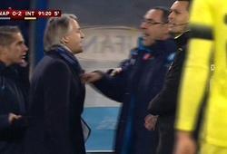 Ljajic ghi bàn, Sarri và Mancini lao ra cãi nhau