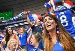 Tuyển Pháp chuẩn bị sẵn xe buýt ăn mừng chiến thắng