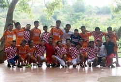 Chùm ảnh: Những nụ cười tỏa nắng của trẻ thơ trên Bản Đôn Đắk Lắk