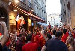 """Thư EURO: Bordeaux đón """"bão ca-rô"""""""