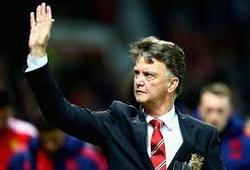 Man Utd sẽ giữ lại Van Gaal đến Hè 2017