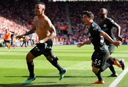 """Video: Thắng nhẹ Southampton vẫn giúp Man City lập """"kỷ lục kép"""""""